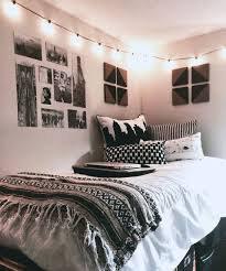 bedroom stuuning room decor idea with comfy white bedding