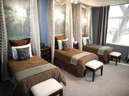 Blue And Brown Decor Bedroom Amazing This Master Bedroom Decorating Ideas Blue And