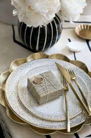 kelly wearstler fine china made with 22k gold detailing gold