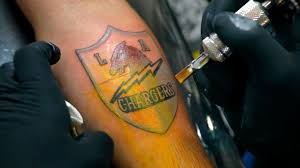 chargers fans get inked in u0027fight for l a u0027 tattoo giveaway la times