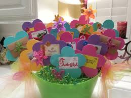 halloween gift ideas for teachers best 25 gift card basket ideas on pinterest gift card bouquet