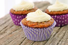 carrot cake cupcakes laura friendly