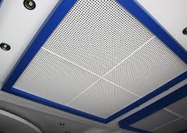 controsoffitto alluminio mattonelle perforate controsoffitto metallo con isolamento