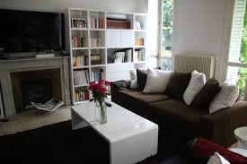 cuisine brun et blanc deco salon blanc et marron gris pour idees de cuisine luxe davaus