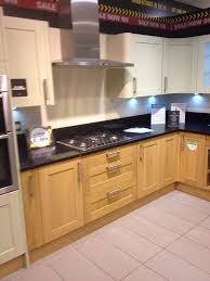 wren u0027s kitchen floor u0026 wall units cupboards ex display shaker