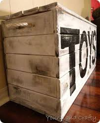 Plans To Build Toy Chest by Best 25 Pallet Toy Boxes Ideas On Pinterest Pallet Trunk