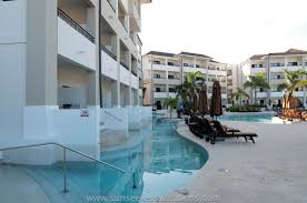 preferred club swim up suites at secrets wild orchid montego bay