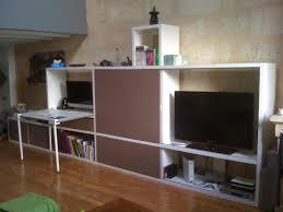meuble tv avec bureau et le bois ébénisterie éco conçue