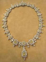 yellow diamonds necklace images Tiffany 39 s gorgeous diamond necklace in a class all by it 39 s self jpg
