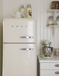 top ten kitchen appliances this vintage kitchen is beyond adorable although it can be hard