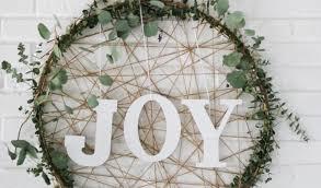 wreath trend wreath decorating ideas