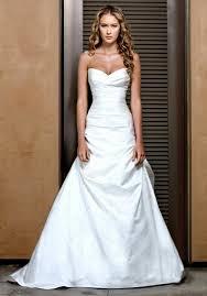 robe de mariage simple la robe de mariée simple et élégante 70 photos pour choisir la