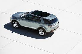 lexus rx 450h usato 2015 land rover discovery sport first look