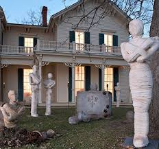 Outside Halloween Decorations The 25 Best Scary Outdoor Halloween Decorations Ideas On