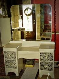 Victorian Vanity Table Antique Vanity Dressing Table With Three Fold White Wooden Frame