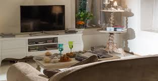 Meuble Tv Longueur Maison Et Mobilier D Intérieur Meuble Tv Pour Votre équipement High Tech Westwing