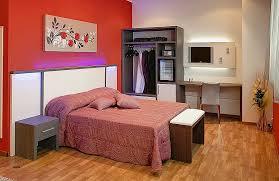 porte valise pour chambre porte valise chambre fresh support de télévision pour chambre d h
