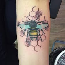 19 best bumble bee tattoo designs for women images on pinterest