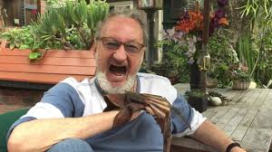robert englund says hola to columbia fear clinic premiere youtube