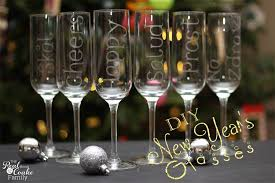 new years chagne glasses personalized chagne glasses using glass etching