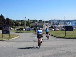 rhode island vacation bike tour newport block island