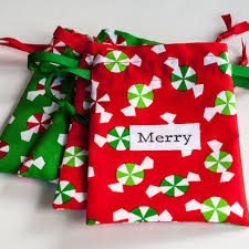 small christmas fabric gift bags sewing my stuff pinterest