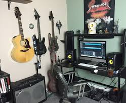 Home Recording Studio Desks by This Is My New Home Recording Studio Setup It U0027s Very Simple And