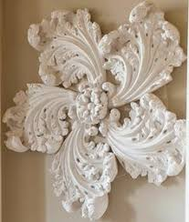 decorative moldings made from plaster of plaster