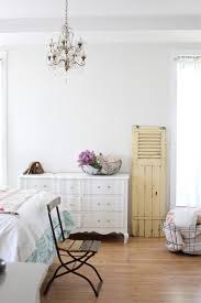 Rustic Bedroom Dressers - sublime distressed white dresser thomasville decorating ideas