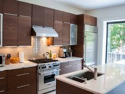 Ikea High Gloss Kitchen Cabinet Doors I Love The Upstand On This Kitchen Island It Is Eye Catching And