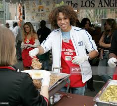 thanksgiving food bank volunteer the los angeles mission meal for the homeless photos and images