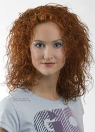 johnbeerens hairstyler long red haired layered hairstyle with airiness for curly hair