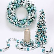 Christmas Table Decorations In Blue And Silver by 107 Best Tiffany Blue And Red Christmas Images On Pinterest