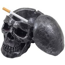 amazon com spooky human skull ashtray with cover for scary