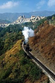 treno cremagliera ferrovia cosenza