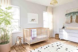 tapis pour chambre bébé tapis chambre bébé idées de déco sympa et originale