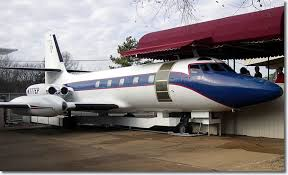 elvis plane photos elvis presley jetstar airplane