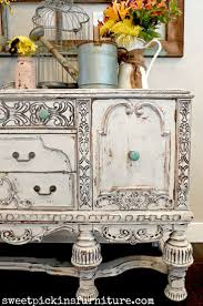 How To Antique Furniture by Best 25 Antique Paint Ideas Only On Pinterest Antique Wood