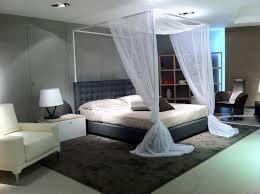letto matrimoniale a baldacchino legno letto a baldacchino moderno idee di design per la casa gayy us