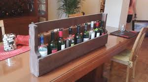 simple portable homemade wine rack made from wood pallet ideas