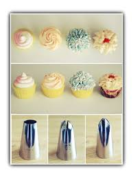 frosting cupcakes with wilton tips two toned pink white swirl 1a