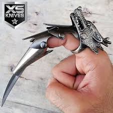6 wolf claw blade finger ring iron reaver armor