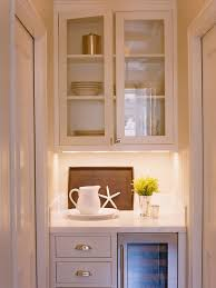 Kitchen Pantry Cabinets by Best 25 Kitchen Butlers Pantry Ideas On Pinterest Modern Pantry