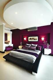 couleur aubergine chambre chambre aubergine et blanc peinture murale couleur aubergine chevet