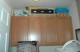 Cabinets In Laundry Room by Remodelaholic Laundry Room Oak Cabinet Upgrade