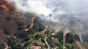 Wildfire Map Valley Fire by Photos Fire Burns Simi Valley Hillside Abc7 Com