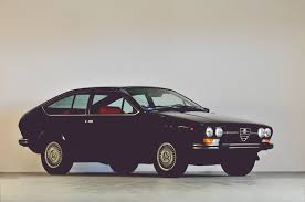 alfa romeo gtv 1979 alfa romeo alfetta gtv 2000 coupé classic driver market