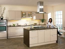 Contemporary Kitchen Colors 16 Kitchen Backsplash Ideas With Oak Cabinets Cream Gloss Kitchen