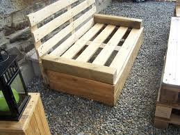canapé de jardin en palette awesome construire un salon de jardin en palette images design