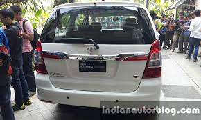 Innova 2014 Interior Scoop Toyota Innova Facelift Launching In India In 15 20 Days